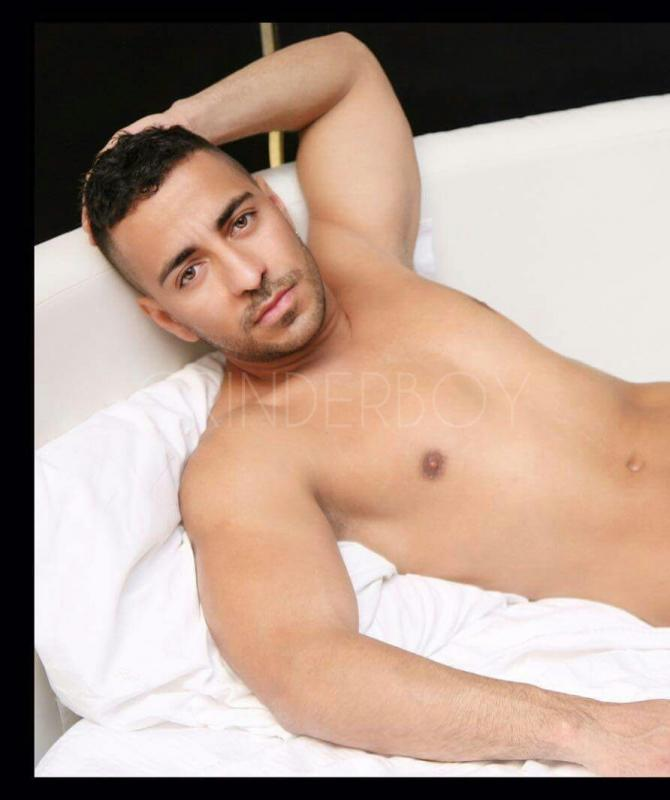 gay piedi video escort su roma